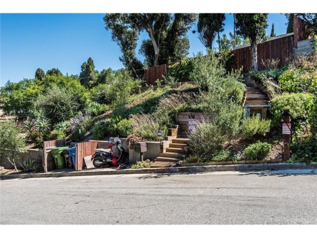 3209 Bennett Drive, Hollywood Hills, CA 90068 (#SR17142981) :: TruLine Realty