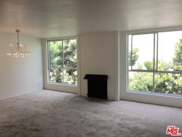 927 N Kings Road #317, West Hollywood, CA 90069 (#17244198) :: TruLine Realty