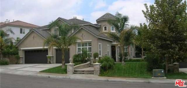 28426 Redwood Canyon Place, Saugus, CA 91390 (#17252288) :: Paris and Connor MacIvor