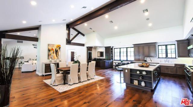 3907 Sepulveda, Sherman Oaks, CA 91403 (#17253866) :: Paris and Connor MacIvor