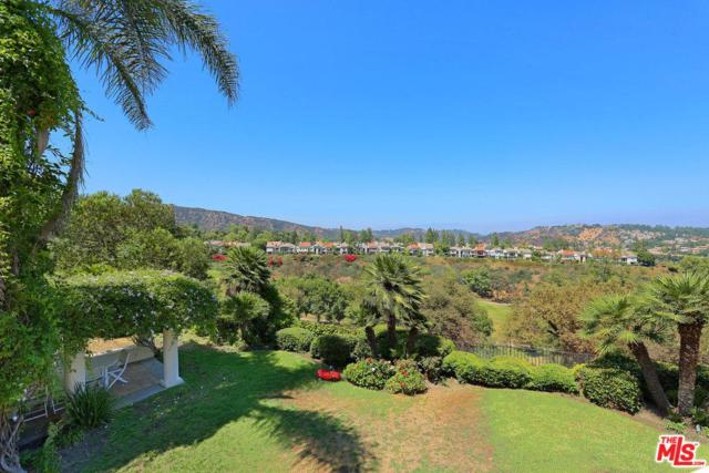 2116 Country Hill Lane, Los Angeles (City), CA 90049 (#17261842) :: TBG Homes - Keller Williams