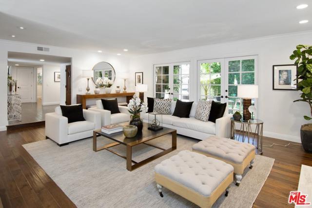 9713 Blantyre Drive, Beverly Hills, CA 90210 (#17261862) :: TBG Homes - Keller Williams
