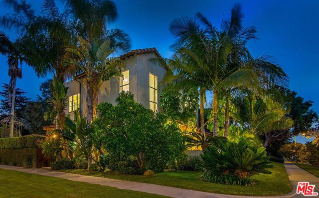2700 Midvale Avenue, Los Angeles (City), CA 90064 (#17261996) :: TBG Homes - Keller Williams