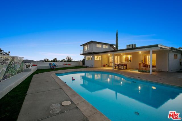 2640 Range Road, Los Angeles (City), CA 90065 (#17260708) :: Paris and Connor MacIvor
