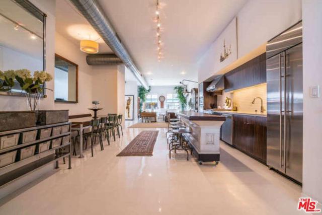 212 Marine Street #203, Santa Monica, CA 90405 (#17261230) :: TBG Homes - Keller Williams