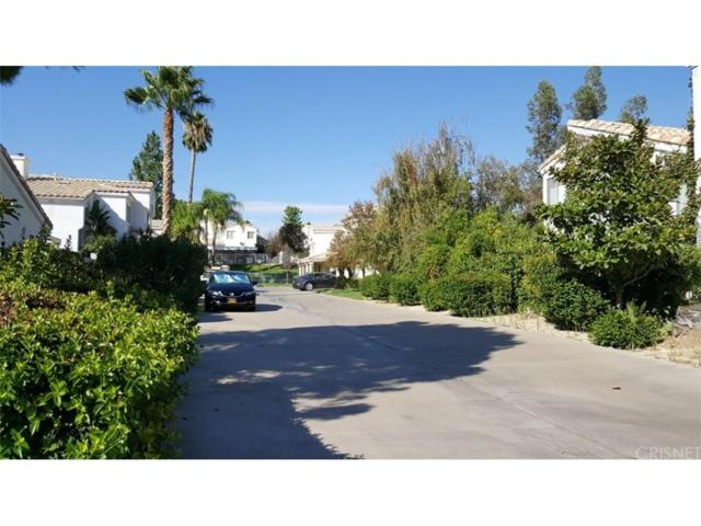 25329 Bowie Court, Stevenson Ranch, CA 91381 (#SR17206989) :: Paris and Connor MacIvor