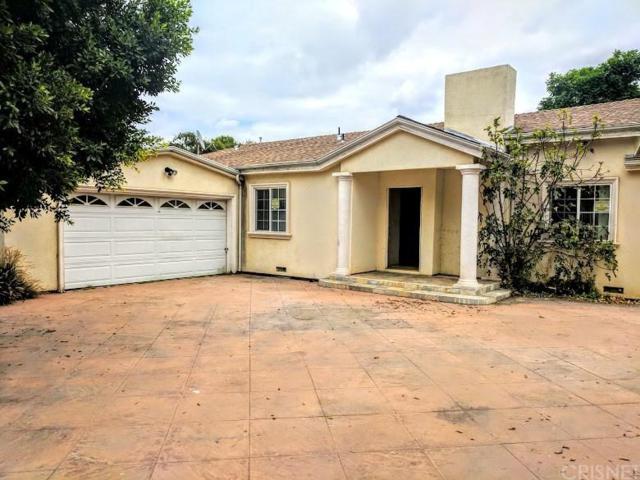 9142 Woodley Avenue, North Hills, CA 91343 (#SR17213844) :: Paris and Connor MacIvor