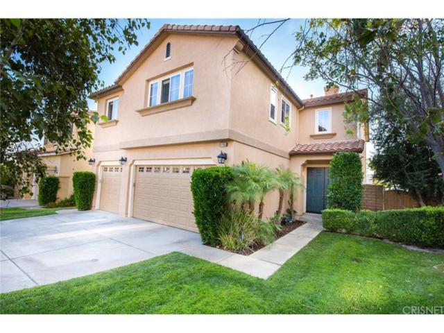 17155 Summit Hills Drive, Canyon Country, CA 91387 (#SR17212945) :: Paris and Connor MacIvor
