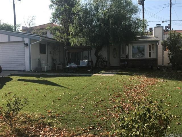 18906 Nearbrook Street, Canyon Country, CA 91351 (#SR17216139) :: Paris and Connor MacIvor