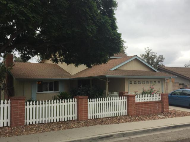 302 Center Lane, Santa Paula, CA 93060 (#217011694) :: Paris and Connor MacIvor