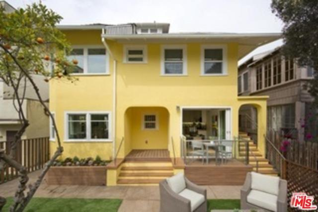 31 Breeze Avenue, Venice, CA 90291 (#17278538) :: The Fineman Suarez Team