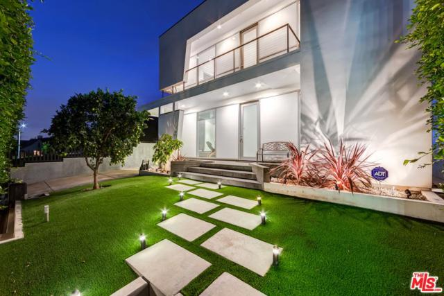 1131 S Ridgeley Drive, Los Angeles (City), CA 90019 (#17279364) :: DSCVR Properties - Keller Williams