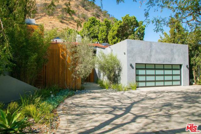 1465 Benedict Canyon Drive, Beverly Hills, CA 90210 (#17279816) :: DSCVR Properties - Keller Williams