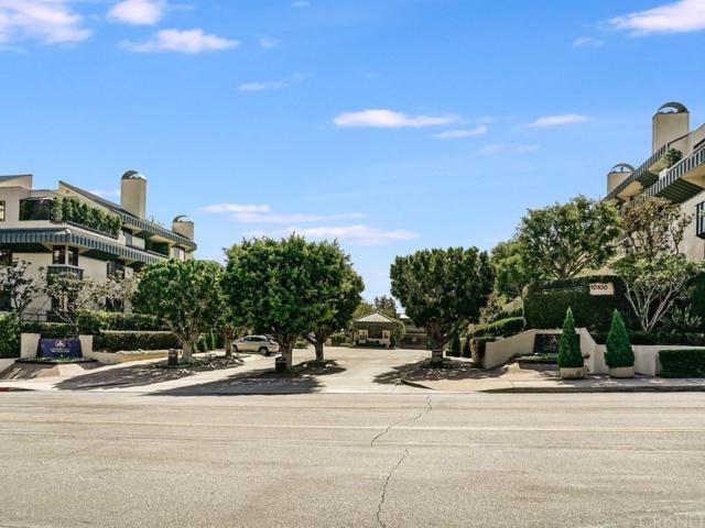 2235 Century Hill, Los Angeles (City), CA 90067 (#SR17235516) :: DSCVR Properties - Keller Williams