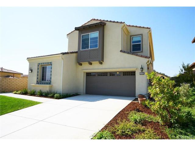 28705 Iron Village Drive, Valencia, CA 91354 (#SR17234754) :: Paris and Connor MacIvor