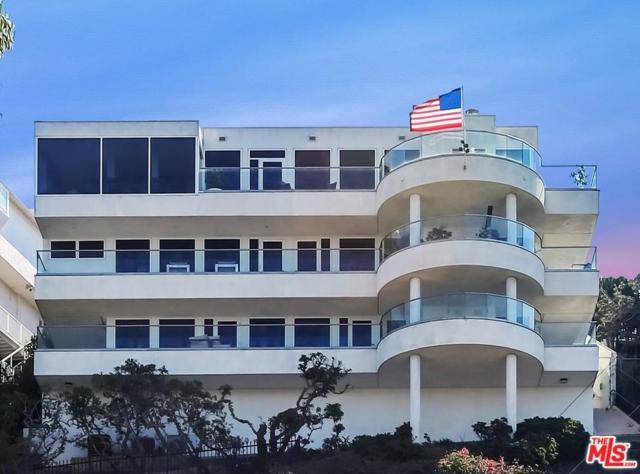8123 Zitola Terrace, Playa Del Rey, CA 90293 (#17280110) :: The Fineman Suarez Team