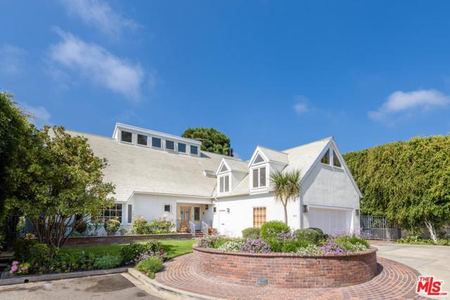100 Larkin Place, Santa Monica, CA 90402 (#17280712) :: The Fineman Suarez Team