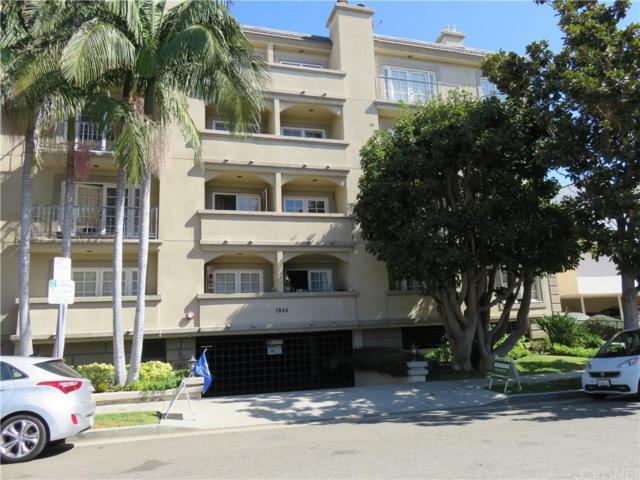 1844 Kelton Avenue #303, Los Angeles (City), CA 90025 (#SR17237111) :: The Fineman Suarez Team