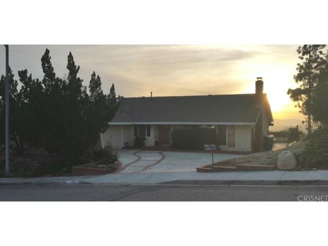 27511 Catala Avenue, Saugus, CA 91350 (#SR17257841) :: The Real Estate Offices of Talbot and Watson
