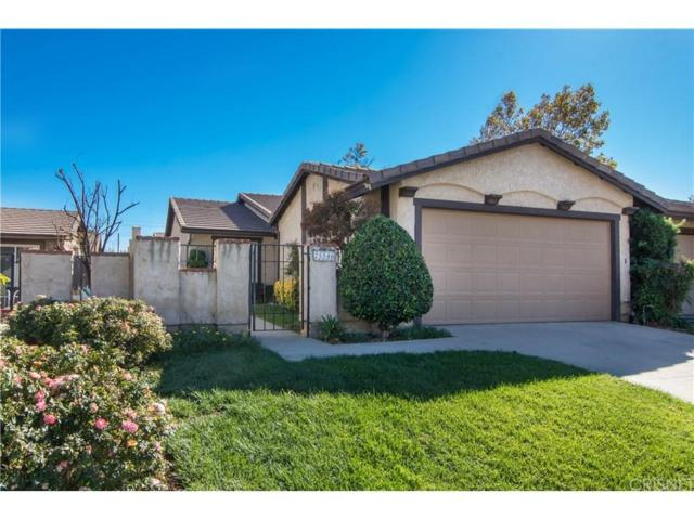 25546 Alicante Drive, Valencia, CA 91355 (#SR17259028) :: The Real Estate Offices of Talbot and Watson