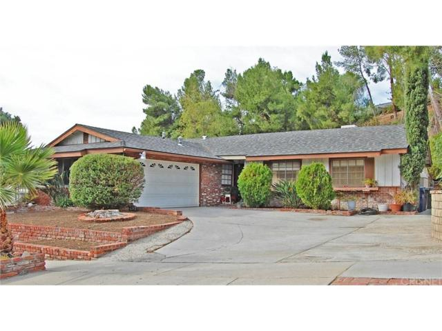 27141 Garza Drive, Saugus, CA 91350 (#SR17260262) :: The Real Estate Offices of Talbot and Watson
