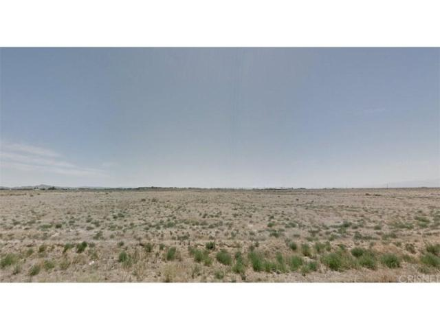 0 Avenue A-6 Near 85Th St West, Lancaster, CA 93536 (#SR17261052) :: TruLine Realty