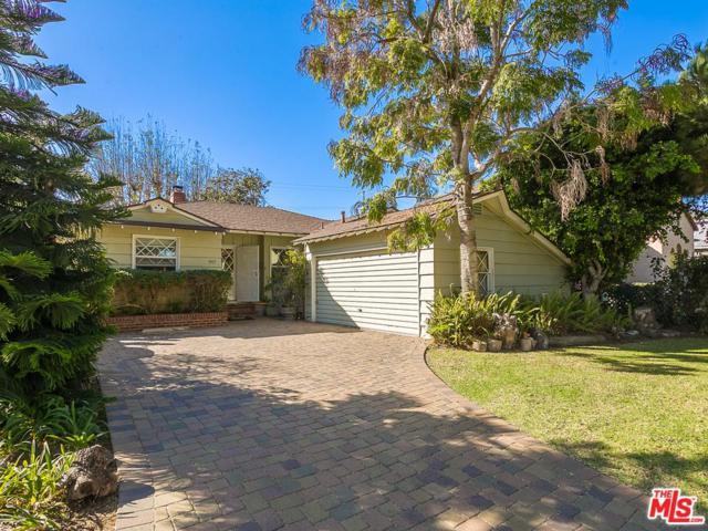 3957 Bledsoe Avenue, Los Angeles (City), CA 90066 (#17293992) :: The Fineman Suarez Team