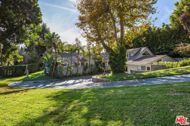 234 Vance Street, Pacific Palisades, CA 90272 (#17294926) :: The Fineman Suarez Team