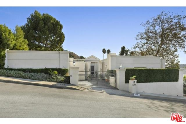 1740 Clear View Drive, Beverly Hills, CA 90210 (#17295266) :: The Fineman Suarez Team