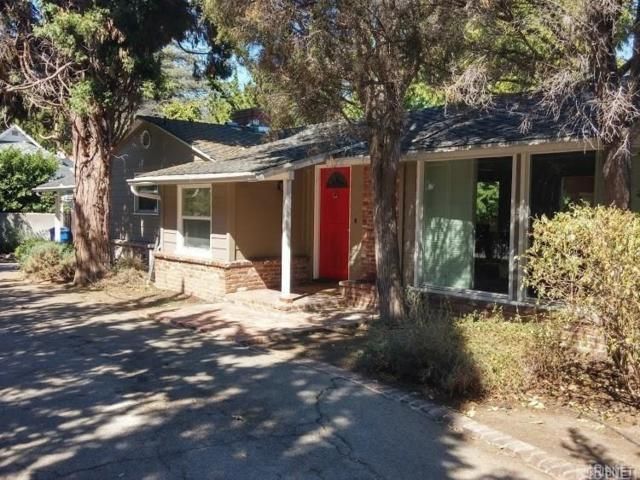 3442 Laurel Canyon Boulevard, Studio City, CA 91604 (#SR17274725) :: Paris and Connor MacIvor
