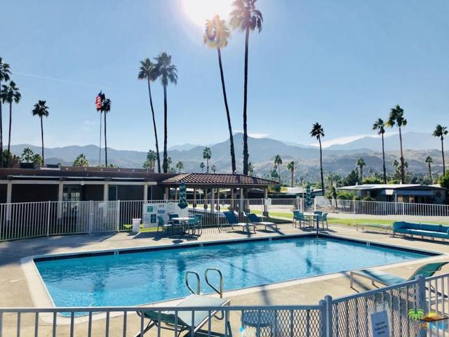 127 Calle Del Callado, Palm Springs, CA 92264 (#17295402PS) :: Paris and Connor MacIvor