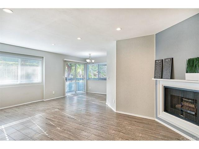 26948 Flo Lane #365, Canyon Country, CA 91351 (#SR18010043) :: The Real Estate Offices of Talbot and Watson