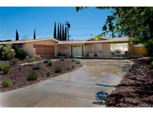 1118 E Avenue J3, Lancaster, CA 93535 (#SR18019145) :: Lydia Gable Realty Group