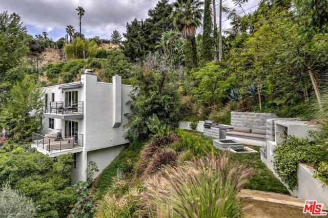 9329 Warbler Way, Los Angeles (City), CA 90069 (#18314166) :: Golden Palm Properties