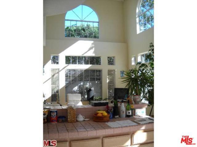 2514 Harriman Lane B, Redondo Beach, CA 90278 (#18314612) :: Golden Palm Properties