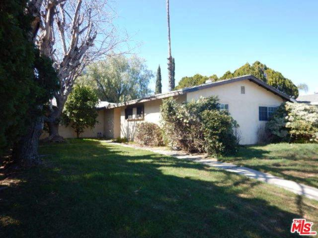 8421 Topanga Canyon, Canoga Park, CA 91304 (#18315398) :: Paris and Connor MacIvor