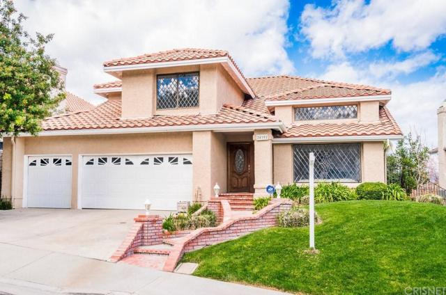 24102 Mentry Drive, Newhall, CA 91321 (#SR18040228) :: Paris and Connor MacIvor