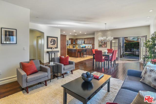 14324 Weddington Street, Sherman Oaks, CA 91401 (#18313574) :: Golden Palm Properties
