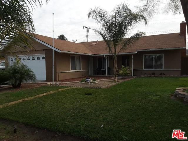 9825 Cypress Avenue, Fontana, CA 92335 (#18316140) :: Golden Palm Properties