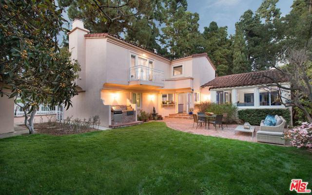 2320 Alta Avenue, Santa Monica, CA 90402 (#18315400) :: Golden Palm Properties