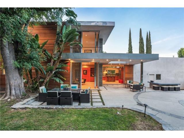 18084 Rancho Street, Encino, CA 91316 (#SR18042596) :: Golden Palm Properties
