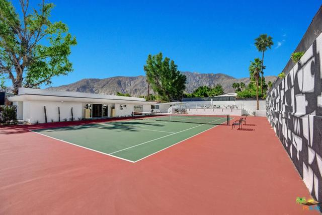 155 W San Marco Way, Palm Springs, CA 92262 (#18320402PS) :: Lydia Gable Realty Group