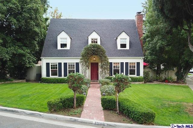 2300 Blanchard Drive, Glendale, CA 91208 (#318000921) :: TruLine Realty