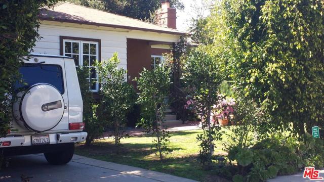 715 Iliff Street, Pacific Palisades, CA 90272 (#18322780) :: The Fineman Suarez Team