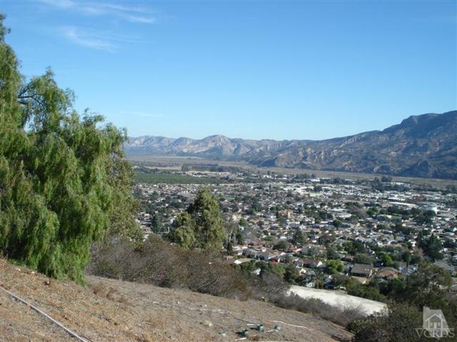 862 Montclair Drive, Santa Paula, CA 93060 (#218003020) :: Lydia Gable Realty Group
