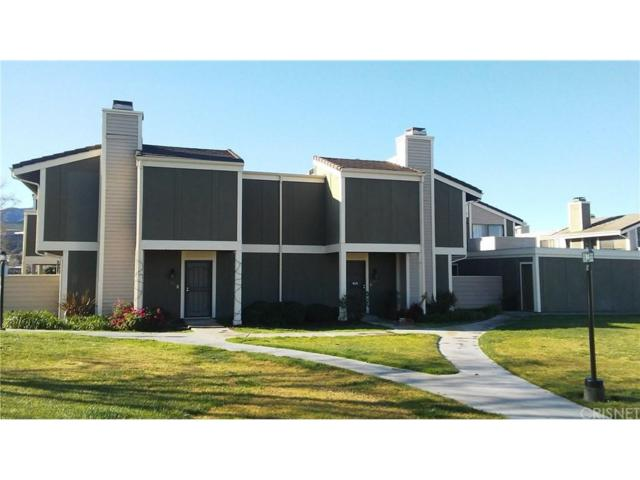 27072 Hidaway Avenue #6, Canyon Country, CA 91351 (#SR18059761) :: The Real Estate Offices of Talbot and Watson