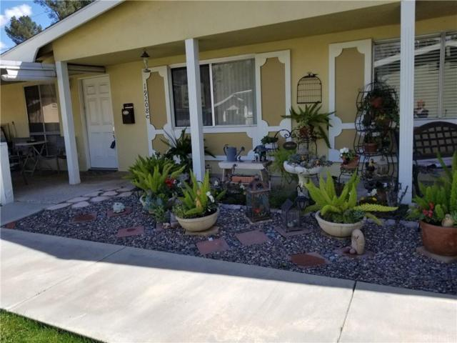 19208 Avenue Of The Oaks C, Newhall, CA 91321 (#SR18062187) :: The Real Estate Offices of Talbot and Watson