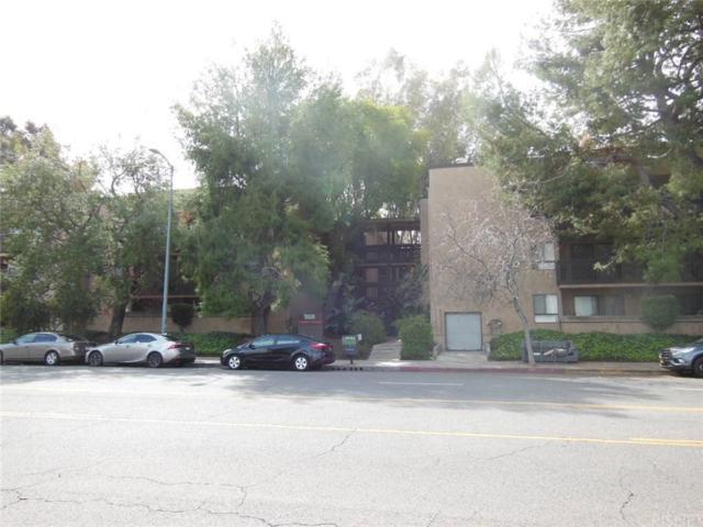 22100 Burbank Boulevard 365G, Woodland Hills, CA 91367 (#SR18062519) :: TruLine Realty