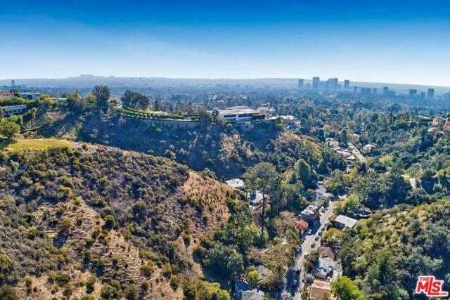 20 N Beverly Glen Boulevard, Bel Air, CA 90077 (#18324362) :: TruLine Realty