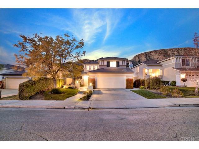 17781 Maplehurst Place, Canyon Country, CA 91387 (#SR18066331) :: Paris and Connor MacIvor